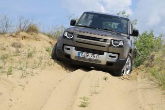 Már nemcsak a mocsárban, hanem a városban is életképes - Land Rover Defender 2020