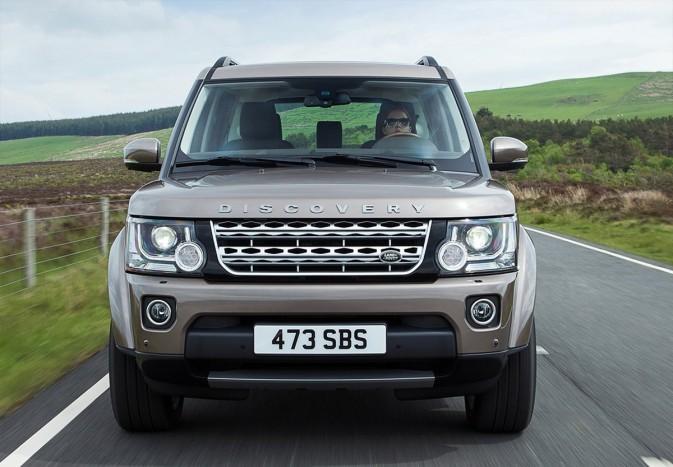 Már nemcsak a mocsárban, hanem a városban is életképes – Land Rover Defender 2020 3