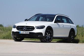 Hiába vagy csúcson, muszáj újat villantani - Mercedes E-osztály 2020