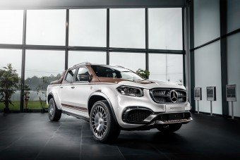 Igazi luxusautót faragtak a Mercedes pick-upjából