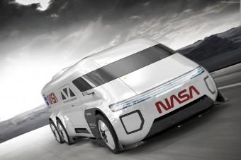 Egyedi furgont álmodtak az űrhajósoknak