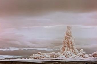 Eddig nem látott felvételen a pusztító Cár-bomba robbanása