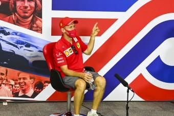 F1: Ezért furikázott Vettel a rivális főnökkel