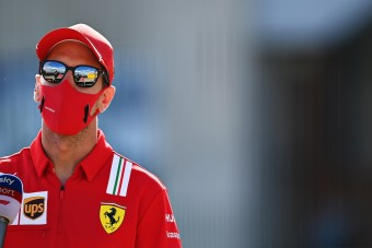 F1: Vettel megtartaná a pénteki edzéseket