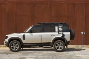 Itt a konnektoros hibrid Land Rover Defender