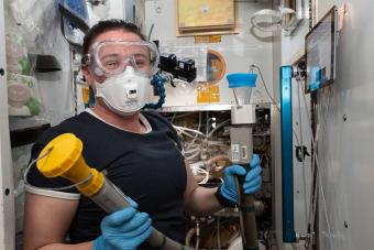 Sokkoló összegbe került kifejleszteni a NASA új űrvécéjét, ami mindent tud