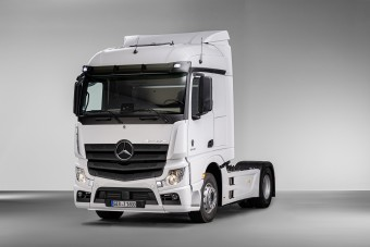 Mi a közös az esztergomi Suzukikban és a Mercedes Actrosban?