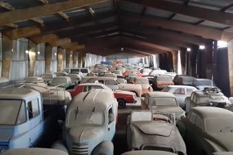Hatalmas elfekvő szociautós gyűjteményt mutat meg egy cseh videós