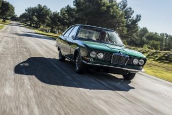 Mesés ritkaság az olasz Jaguar 420 kupé