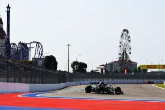 F1: Bottas az első, Hamilton az utolsó előtti Szocsiban