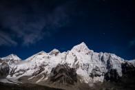 Újramérték a Mount Everestet, most ilyen magas 1