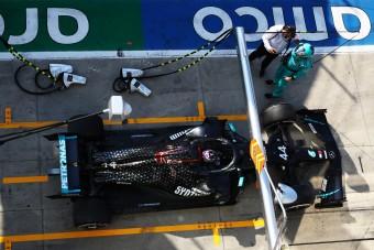 F1: 12 másodpercen múlt Hamilton büntetése