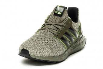 Yoda-topánkával bővül tovább az Adidas Csillagok Háborúja kollekció