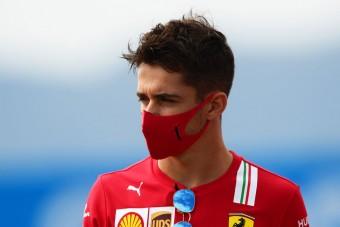 F1: Menő 1000-es sisakot húz Leclerc
