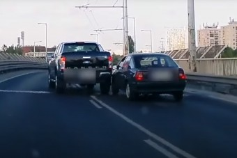 Dávid és Góliát harcolt az M3-kivezetőn Budapesten