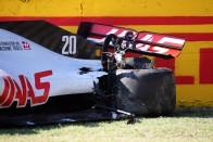 F1: 12 pilóta kapott figyelmeztetést a rajtbalesetért 2