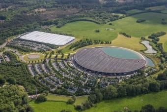 F1: Eladja a McLaren modern főhadiszállását