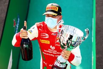 Hivatalos, Schumi fia jövőre F1-es versenyző lesz