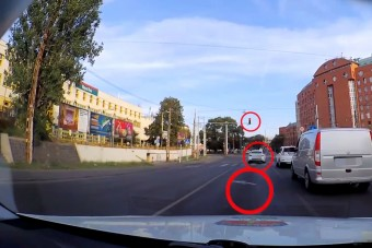 Durván pofátlan autósokból sosincs hiány a pesti utakon
