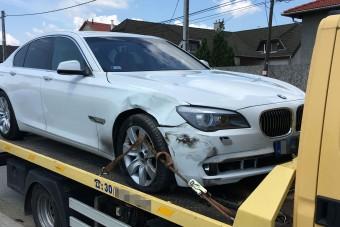 Legyőzte a kitartó BMW-s a keveset fizető biztosítót