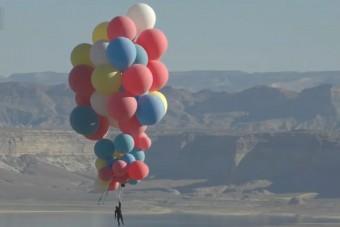 Lufik emelték 7600 méter magasra az illuzionistát