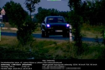 160-nal mértek be egy gyorshajtót Békéscsabánál, a rendőrök régi ismerőse