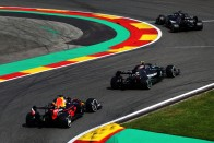 F1: A Mercedes elmagyarázta, miért nem ad motort a Red Bullnak 1