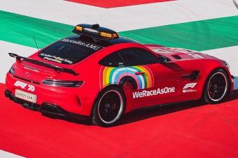 F1: Vörösre festik a harmadik Mercit a hétvégére
