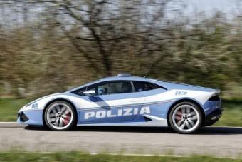 230 km/órával száguldott egy vese egyik kórházból a másikba egy Lamborghiniben