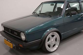 5,8 milliót kérnek ezért az öreg dízel Volkswagen Golfért
