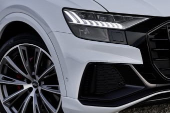 Konnektoros hibriddel bővít az Audi zászlóshajója
