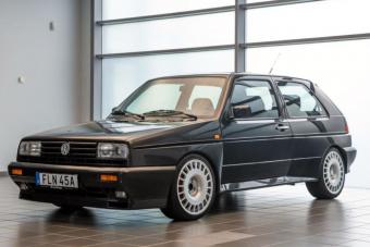 Egy vagyont kérnek ezért a 30 éves Volkswagen Golfért, de érthető az árazás