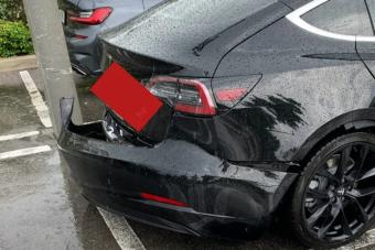 Nahát, a Tesla végre belátta, hogy hibás a Model 3 tervezése