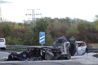Közúti versenyzésből lett tragédia Németországban, a vétlen autós halt meg