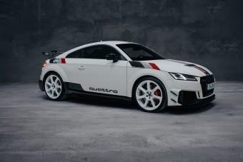Retró TT RS-sel ünnepli az Audi a 40 éves quattro-t
