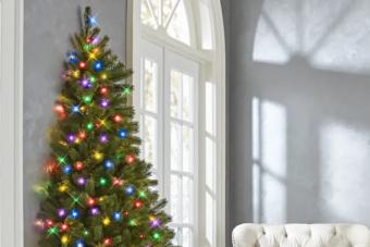 Fél karácsonyfával is lehet teljes az ünnep
