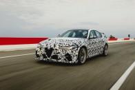 Räikkönenékkel debütál az új Alfa Giulia 3