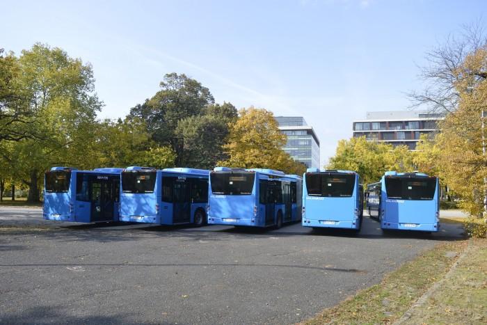 Nuevos autobuses en la capital y en los suburbios 6
