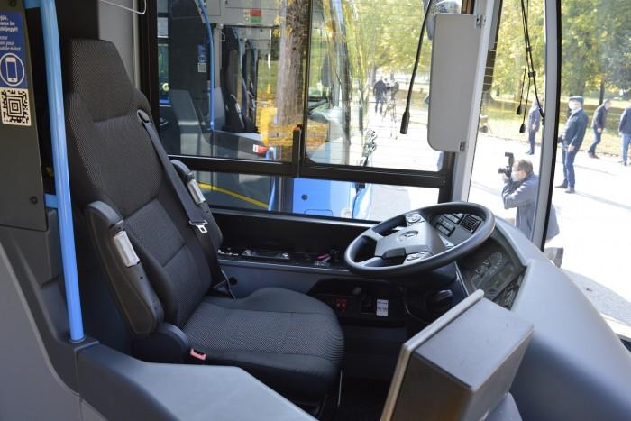 Nuevos buses en la capital y en los suburbios 2