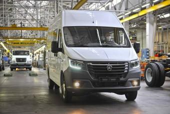Itt az olcsó orosz elektromos furgon?