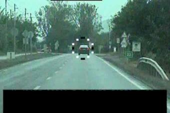 Durva gyorshajtót kaptak el a rendőrök, még a kocsija sem volt rendben
