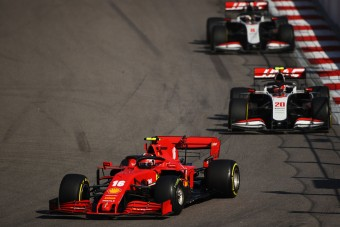F1: Elveszítheti a partnert a Ferrari?
