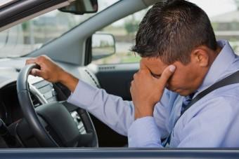 Borzasztó csapdába került egy pesti autós