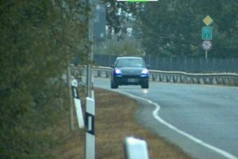 Két kilométeren belül kétszer mértek be egy gyorshajtót a 4-es úton