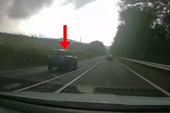 Erre a magyar autósra a rendőrök is felfigyeltek