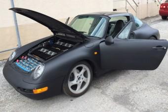 Elektromossá tákolták ezt a Porsche 911-est