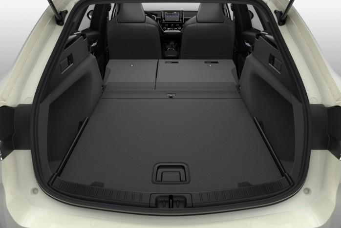 Nyolcmillióba kerül az új kombi Suzuki 4