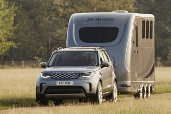 Videón a megújult Land Rover Discovery