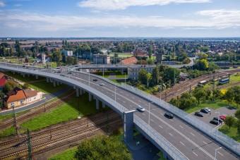 Ritkán látható híd épül Miskolcon, íme a képek