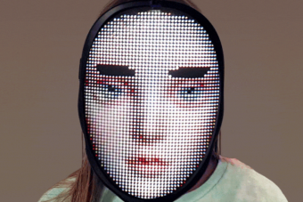 Ez a teljes arcmaszk 2020 legfurább szórakoztató kütyüje